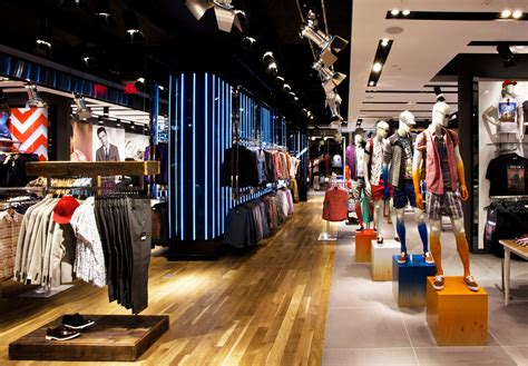 best store coming soon topshop cracks china with hong kong