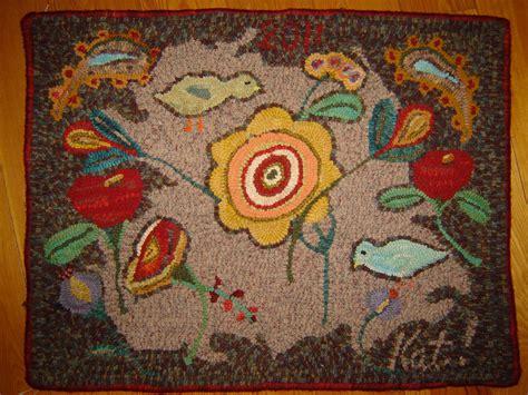 hooked rugs primitive hooked rug 28x23 rug hooking hooked