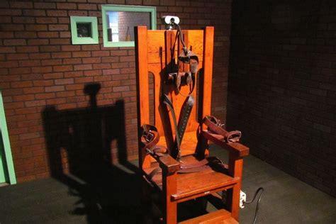 sedia eletrica accadde oggi 23 agosto giustiziati sulla sedia elettrica