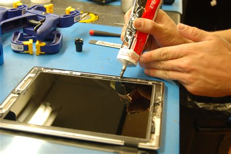 How To Fix Broken Glass advice from an apple tech how to replace the glass on an