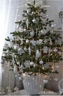 tree silver white: christmas decor silver white on pinterest silver christmas silver
