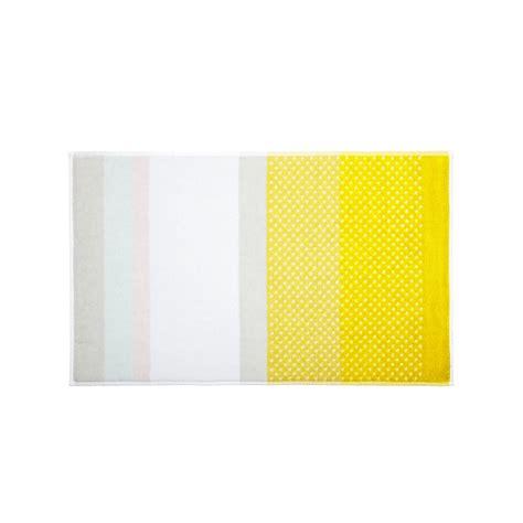 tappeto per il bagno hay tappeto per il bagno s b giallo design shop