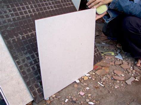 Keramik Granite Tile jumpinjack karakteristik keramik dan granite