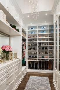 15 luxury walk in closet ideas to store your