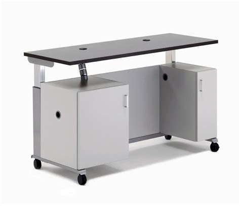 Mobil Desk by 41 Best Images About 21st Classroom On Desks 21st Century Learning And Space Saving