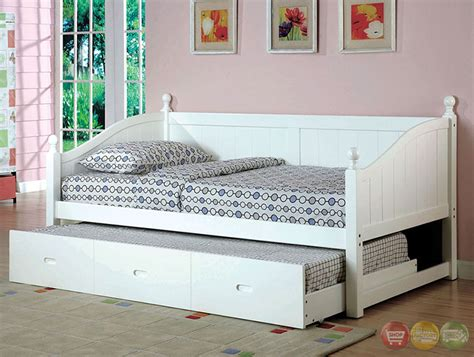 Roberta Cottage White Platform Daybed With Twin Trundle Cottage Style Daybed