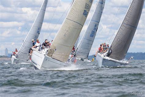 zeilboot x 99 x 99 first 31 7 and albin express class chionships