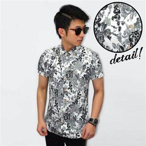 Baju Kemeja Batik Tribal 1 Cowok Pria Formal 3 jual kemeja pria baju batik formal bunga putih hitam distro murah kandjeng putri