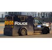 Met Police Armoured Truckjpg  Wikimedia Commons