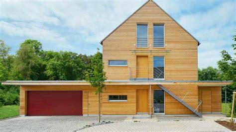 haus preise einfamilienhaus einfamilienhaus mit doppelgarage satteldach emphit