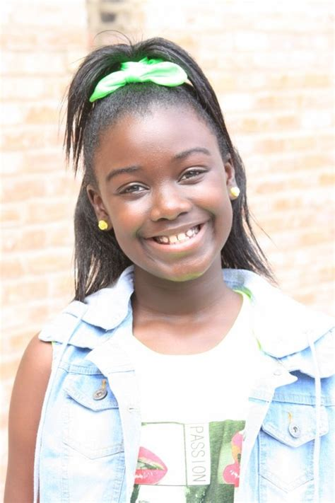 10 year old girl african american south suburban girl gets cast in best christmas pageant