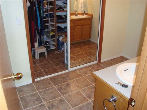 linoleum flooring bathroom 30 stunning pictures and ideas of vinyl flooring bathroom