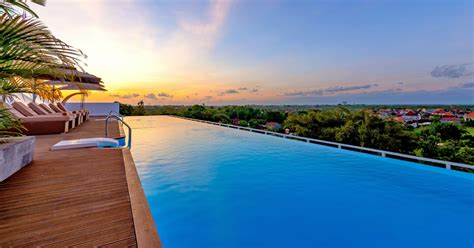 Infinity Pool by 10 Affordable Bali Hotels With Infinity Pools 77