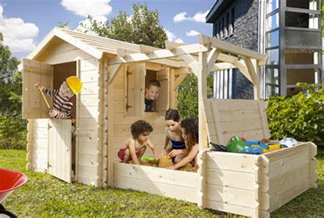 kinderhaus für garten spielhaus idee garten