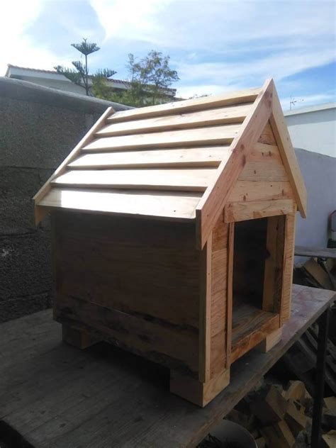 dog house made out of pallets build a dog house from pallets 99 pallets