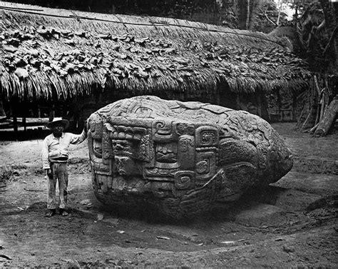 Ufo Mania Fantastic Zoomorphic Stone At Chichen Itza
