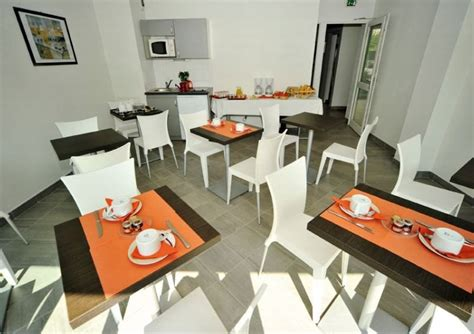 Is Appart Grenoble by Dvacaciones Appart City Grenoble Meylan