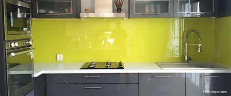 cr馘ence cuisine en verre cr 233 dence en verre laqu 233 pour votre cuisine verre laque com