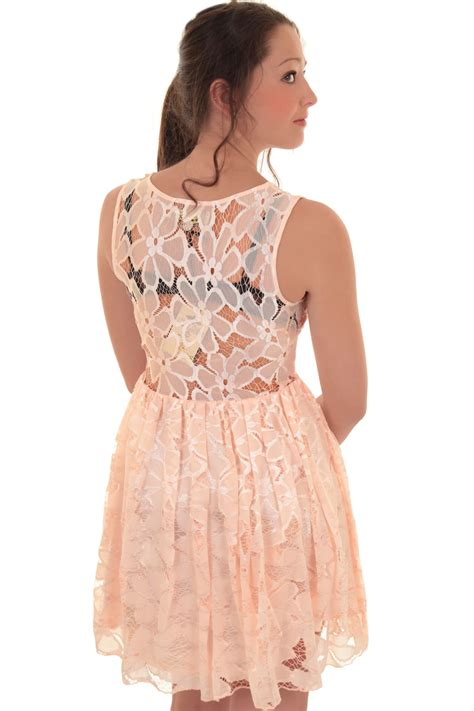 yuana flowery flare mini dress sleeveless floral flower lace lined skater flared