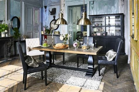 Bien Idee Amenagement Petit Salon Salle A Manger #7: Deco-campagne-chic-salle-a-manger-moderne-chaises-noirs-table-bois.jpg