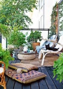 Balcony Patio by 24 Awesome Spring Balcony D 233 Cor Ideas Digsdigs