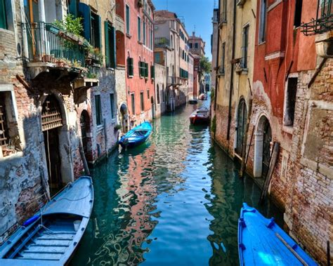 best place to get a gondola in venice top 10 tourist attractions in venice italy found the world