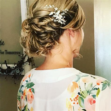 Wedding Hairstyles Updos For Medium Hair by 35 Wedding Updos For Medium Hair Wedding
