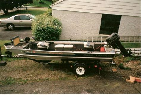 tracker boats for sale pa 1991 16 foot tracker panfish fishing boat for sale in