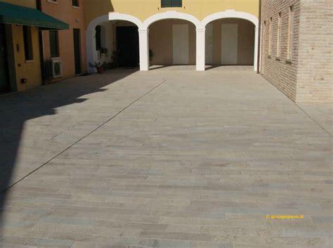 pavimenti da esterno economici pavimento da esterno economico pavimento esterno with