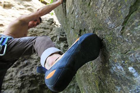 how tight should climbing shoes be climbing shoes is