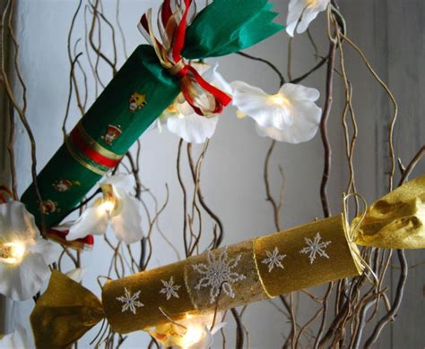 how to make cracking christmas crackers guest post