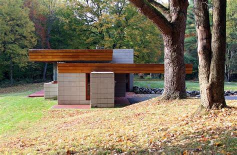 frank lloyd wright s adelman house in wisconsin receives albert and edith adelman house usonian style fox point