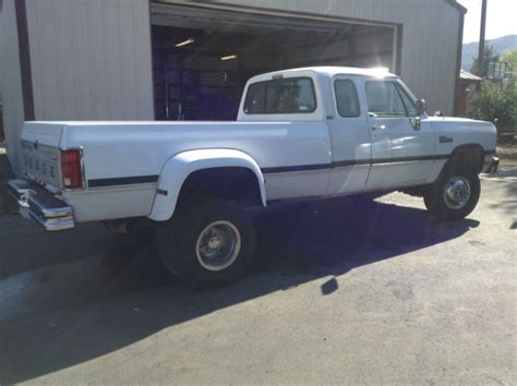 93 dodge dually 93 dodge 5 9 diesel cummins ext cab dually 5 speed 132k