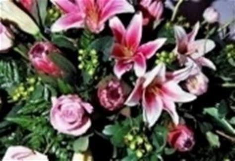 fiori per ringraziare fiori ringraziamenti regalare fiori