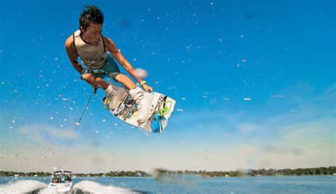 15 Menit Water Ski ski air wakeboarding oleh watersportinbali