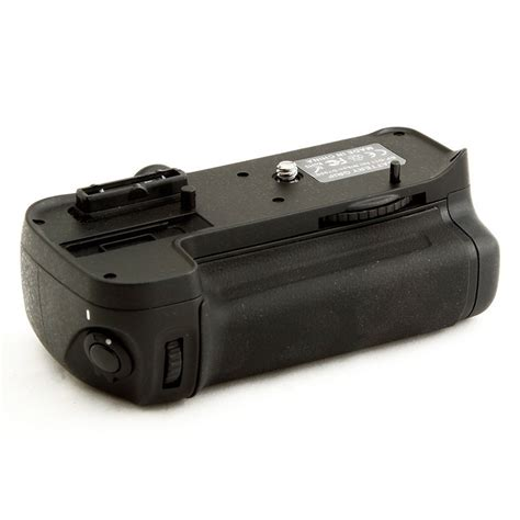 Battery Grip For Nikon D300d300sd700d900 Black battery grip for nikon d7000 d7000b black