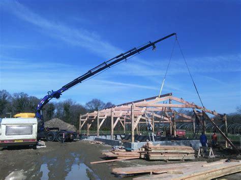 charpente hangar bois hangar agricole en charpente traditionnelle construction