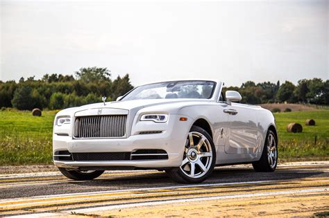rolls royce views review 2017 rolls royce canadian auto review