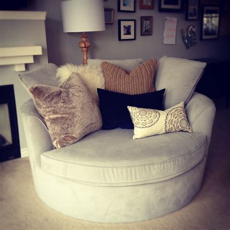 corner sofa and snuggle chair best 25 cuddle chair ideas on pinterest big chair big