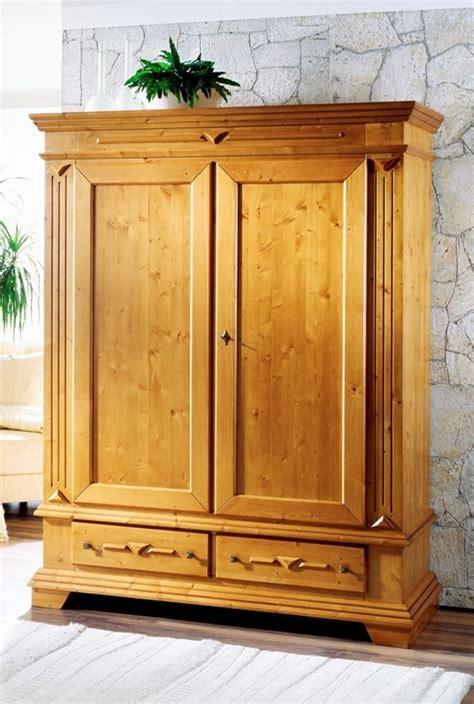 Landhausmöbel Kleiderschrank by Landhausstil Italienisch