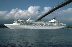 Cruise Ship by Cruise Ship Pictures