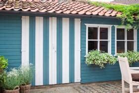 tuinhuis verven of beitsen blog tuinhuis schilderen beitsen of oli 235 n de