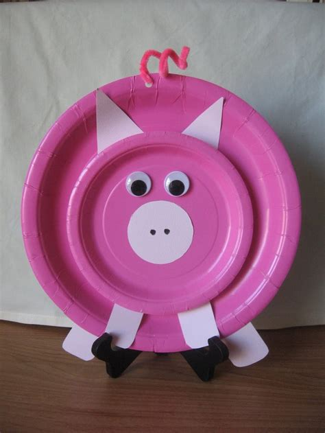 Paper Plate Pig Craft - national pig day kid stuff