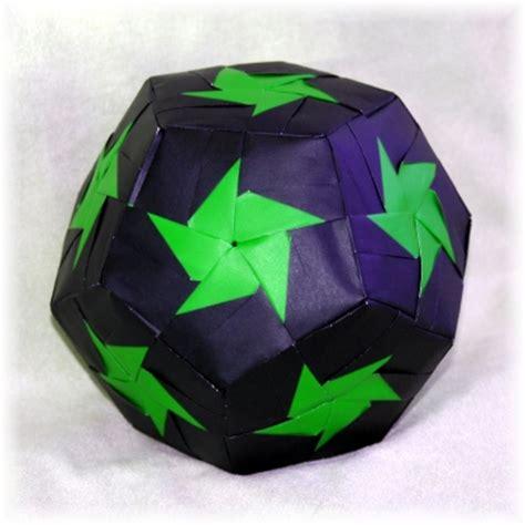 Exquisite Modular Origami - pinwheel variation