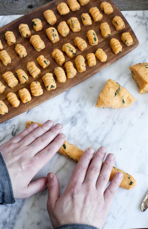 cuisiner les gnocchis gnocchis de patate douce maison simple et efficace