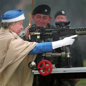 maison de the queen s own rifles of canada canada house fascinating pictures show queen in every year of her reign