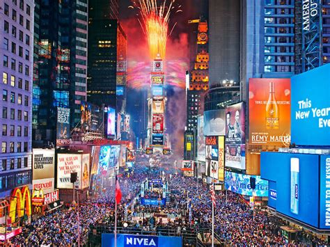 new year fireworks time new year s fireworks in nyc including where to go and