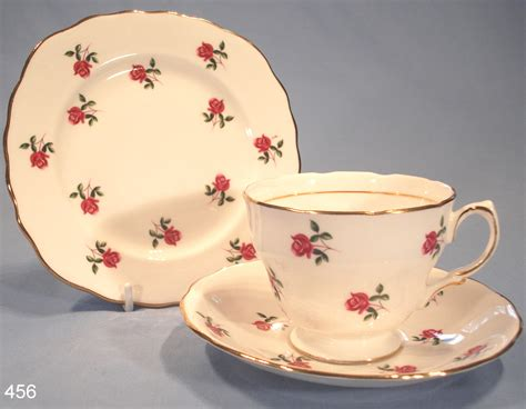 Colclough Roses Vintage Bone China Trio Pattern 7433 ? SOLD: Collectable China