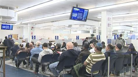 snow slows connecticut department of motor vehicles