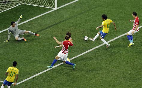 brasil x cro 225 cia em dez fotos 09 04 2018 esporte
